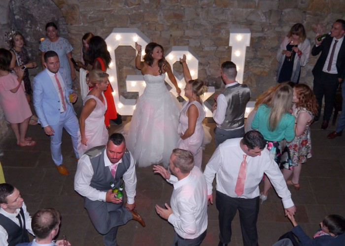 CROOK HALL & GARDENS (DURHAM CITY) WEDDING DISCO FOR LEIGH & GAVIN PROVIDED BY COUNTY DURHAM WEDDING DJ